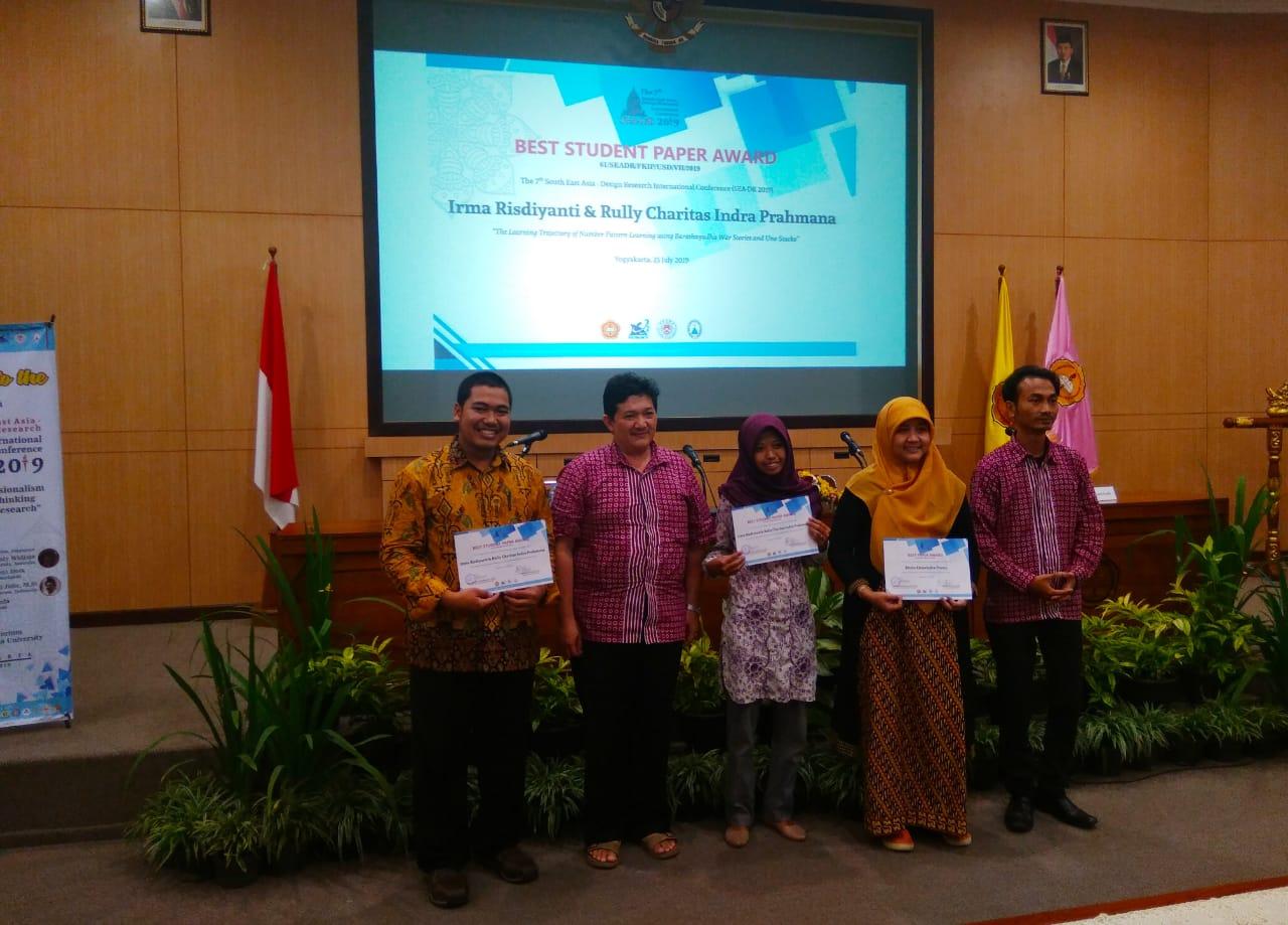 Mahasiswa-PMat-UAD-Raih-Best-Paper-di-SEA-DR-2019