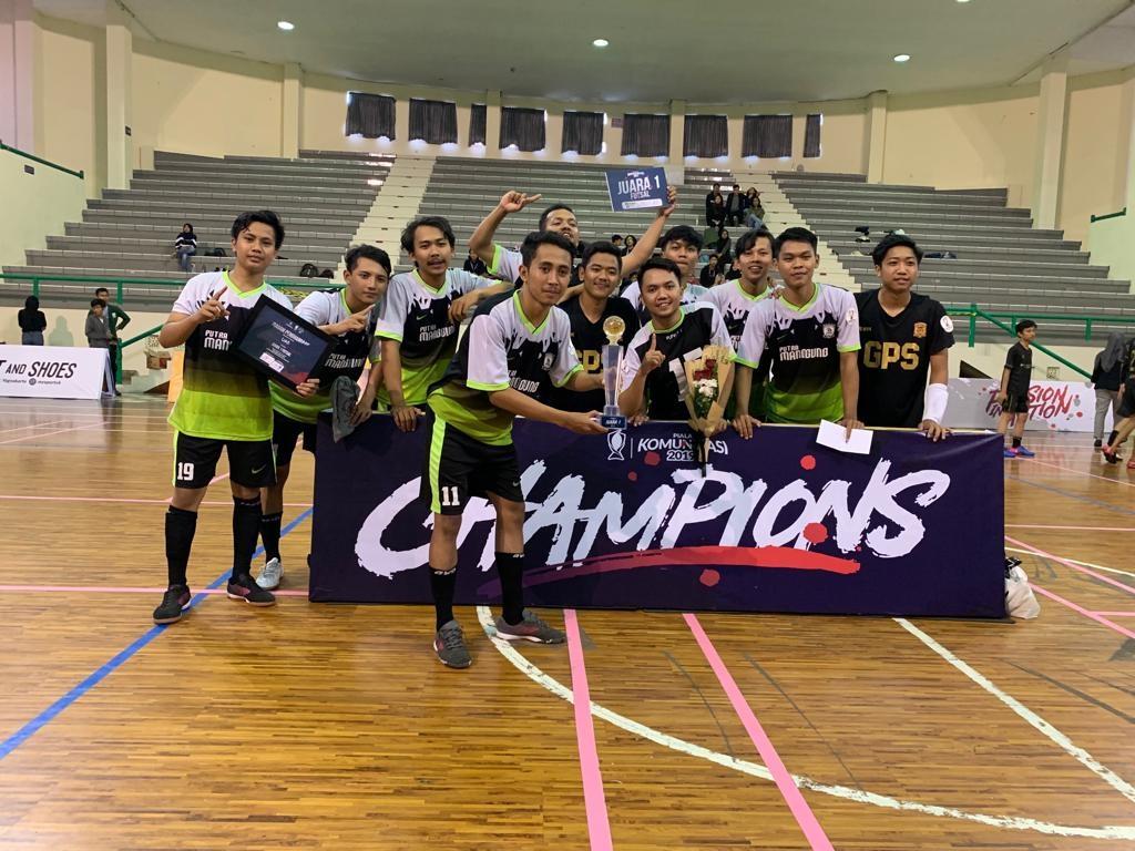 Tim-Futsal-Ilkom-Juara-1-Piala-Komunikasi-2019