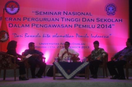 Bawaslu Gandeng Fakultas Hukum UAD Sukeskan Pemilu 2014