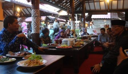 UAD Kirim Mahasiswa KKN Di Kamboja dan Filipina