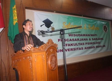 Dr. Dwi Sulisworo: Lulusan UAD Harus Berdaya Saing Global