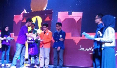 Mahasiswa UAD Raih Prestasi lagi dalam Festival Timur Tengah 2014