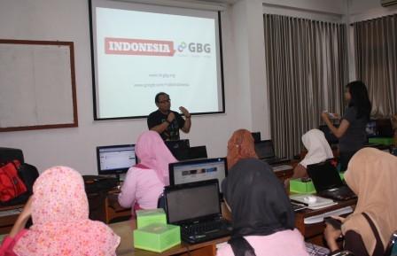 Kembangkan Kemampuan Mahasiswinya UAD Adakan workshop Femaledev google