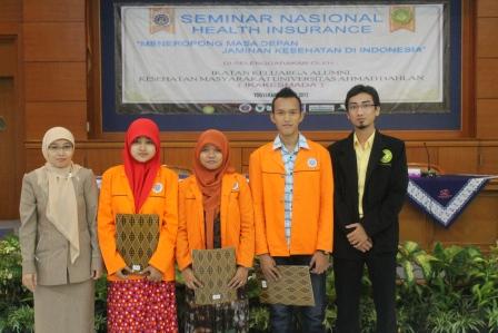 Alumni FKM UAD Memberikan Beasiswa Kepada Mahasiswa FKM
