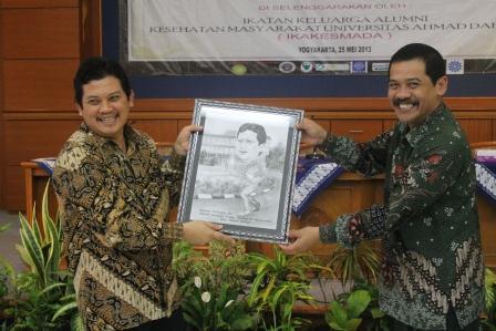 Alumni FKM hadirkan Wakil Menteri Kesehatan RI