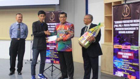 Mahasiswa UAD Mendapat Penghargaan TV  Award  dan TV AL Hijrah (TV Nasional Malaysia)