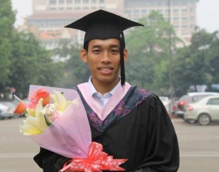 Mahasiswa UAD Pertama yang Lulus di China dengan Double Degree Program
