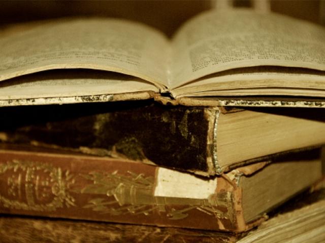 sastra-indonesia.jpeg
