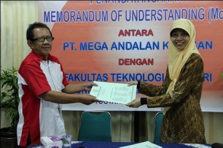 FTI UAD Jalin MoU dengan PT Mega Andalan Kalasan (MAK)