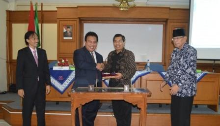 UAD Tingkatkan Kerja Sama dengan Perguruan Tinggi Malaysia