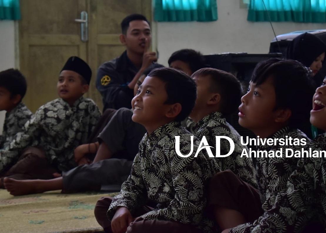 kegiatan-sosial-UAD